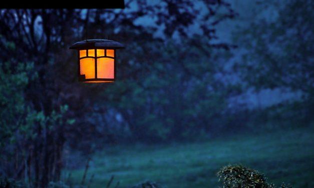 Tiang Lampu : Masih Bermanfaat ?