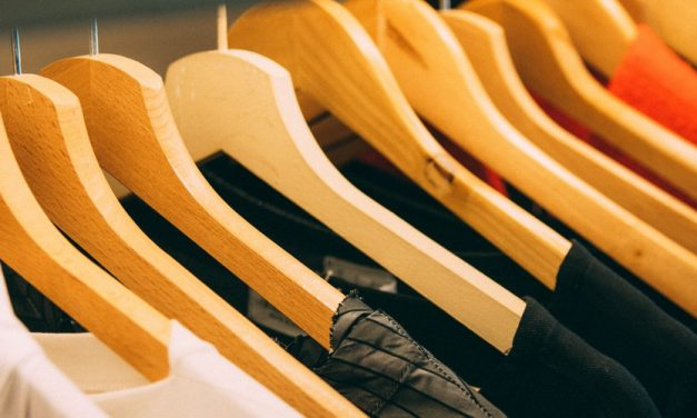 5 Cara Merawat Pakaian