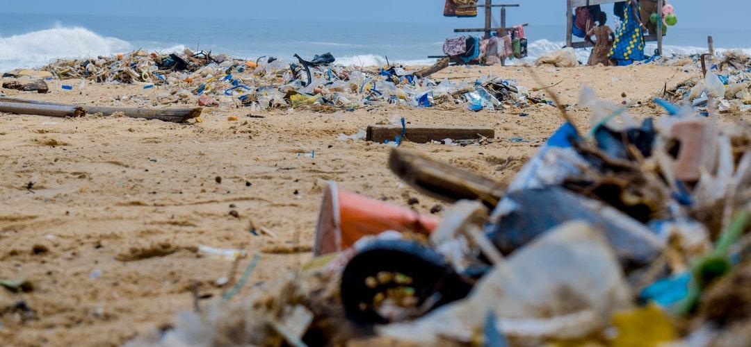 Dampak Plastik bagi Lingkungan